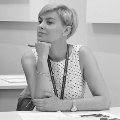 Анна Зотова
